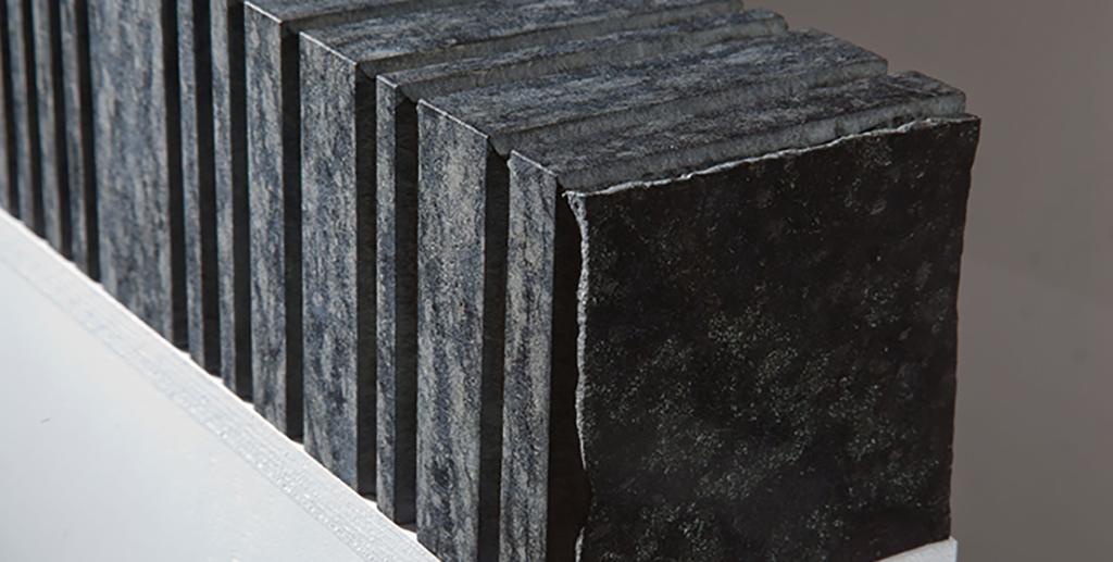 BondStein-Detail1-72dpi-web-klein